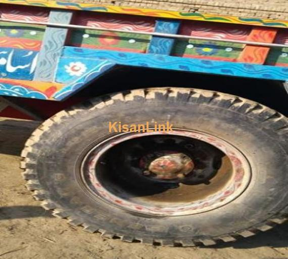 "Traila 18ft/8ft ward 15"" Tyre size 1120 frame 12"" available in Vehari"
